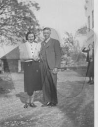 Margit och Nils Nilsson 1938..jpg