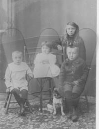 Otto Nilssons barn.jpg